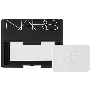 NARS-light-reflecting-pressed-powder